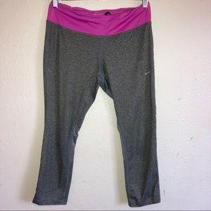 Nike Dri fit Capri leggings Sz M